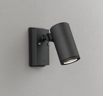 ☆ODELIC LEDエクステリアスポットライト LED一体型 ダイクロハロゲン75W相当 電球色 ワイド配光 本体ブラック 防雨型 壁面取付専用 人感センサー付 OG254549P1