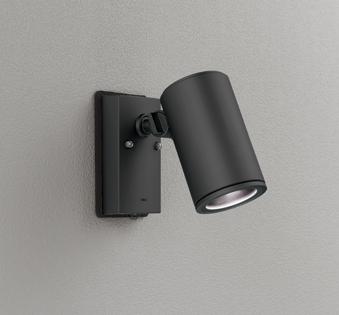 ☆ODELIC LEDエクステリアスポットライト LED一体型 ビーム球150W相当 昼白色 ワイド配光 本体ブラック 防雨型 壁面取付専用型 人感センサ付 OG254709P1