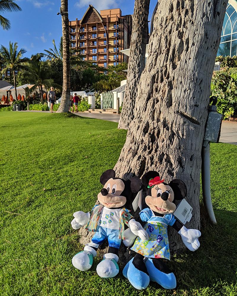 【7000円以上で送料無料!】ハワイ限定!ディズニー ドール 人形ミッキーマウス、ミニーマウス、スティッチ※ご希望の種類をお選びください。(人形以外は付属しません)※北海道・九州は1万円以上で送料無料!(沖縄のぞく)