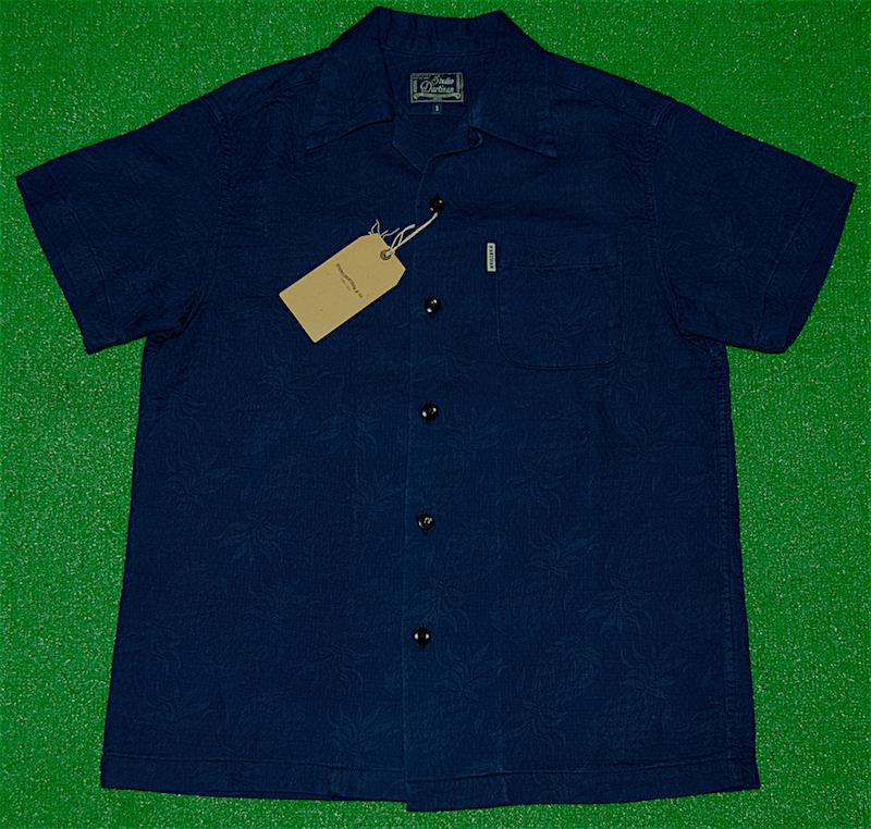 a24c0caaeb Hawaiian shirt | STUDIO D'ARTISAN (ステュディオ ダ ルチザン) | SD5559A-PINE |  Short-sleeved | Men's | Indigo (indigo plant) | Indigo dyeing | Puff  jacquard ...