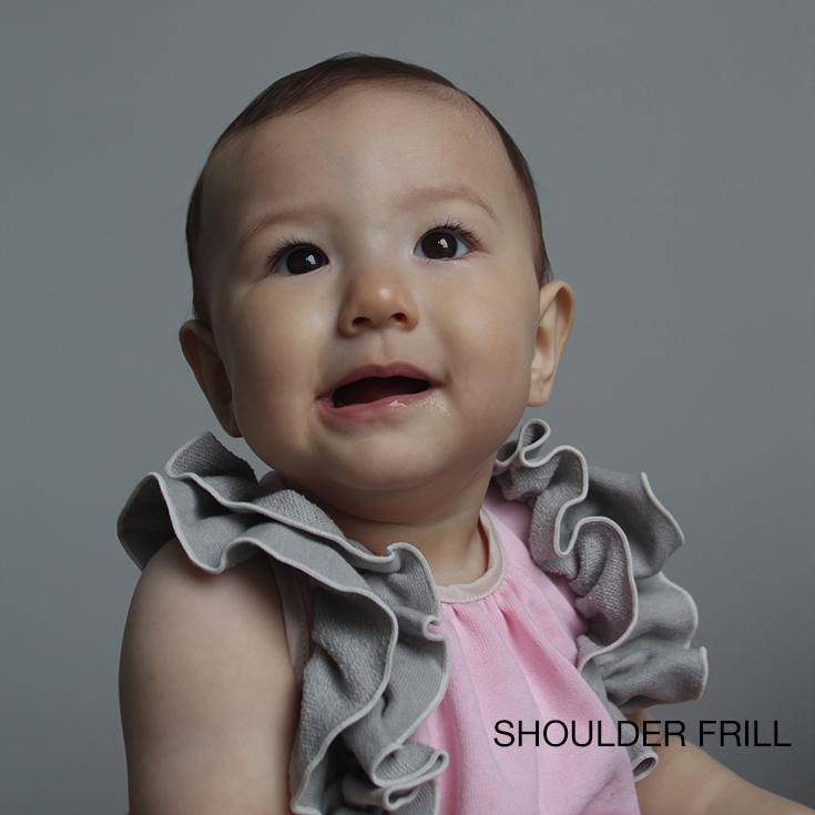 ビブシィガールズ SHOULDER FRILL 女の子 60~80cm ワンサイズ 出産祝い ベビー服 即納 トップス よだれかけ 赤ちゃん ベビーギフト 本日限定