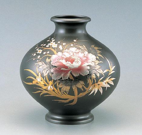 花瓶/新寿形 12号「牡丹四君子」銅製 山本秀峰作 100-51