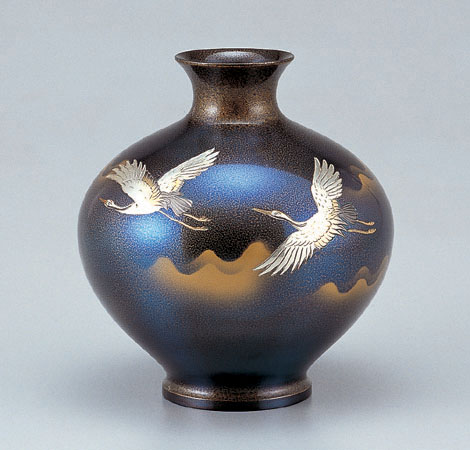 花瓶/福丸形「鶴」銅製 伊井富雄作 103-55