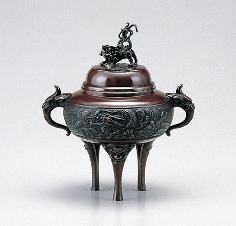 【 高岡銅器 】伝統美術 能作 吉秀作「 龍地紋香炉(小)」銅製 徳色 桐箱入 131-04