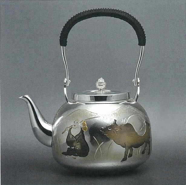 【日本製・証明書付き】純銀 湯沸 4.5寸 花車 R型 obg-n125