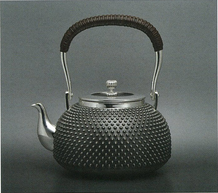 【日本製・証明書付き】純銀 湯沸 5.0寸 霰 並型 obg-n133
