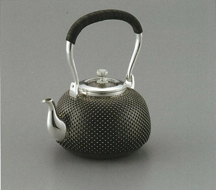 【日本製・証明書付き】純銀 湯沸 霰 4.5寸 obg-n035