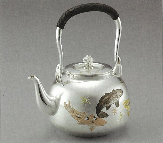【日本製・証明書付き】純銀 湯沸 R型 鯉 5寸 obg-n050