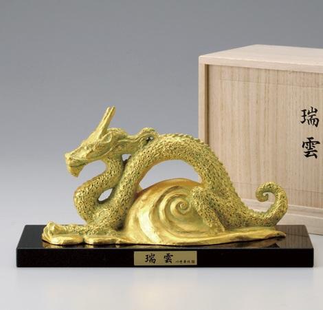 龍 竜 たつ 置物 「瑞龍」干支『辰』金箔 銅製 台座 御影石 川崎 普照作 桐箱入