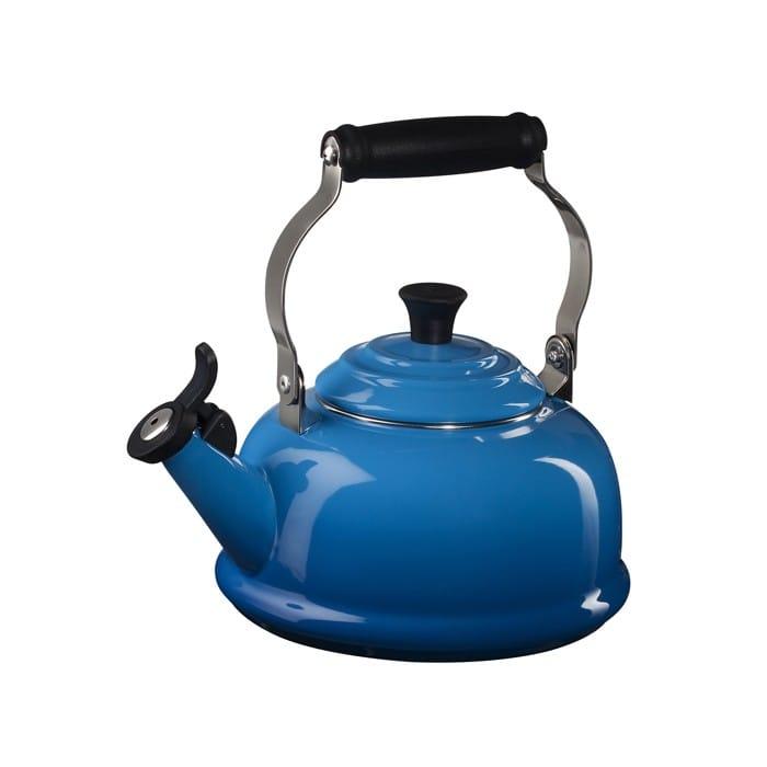 ルクルーゼ クラシック 笛吹きケトル やかん マルセイユブルー 青 1.6L Le Creuset 1.7-Qt Enamel on Steel Classic Whistling Teakettle Marseille Blue Q3101