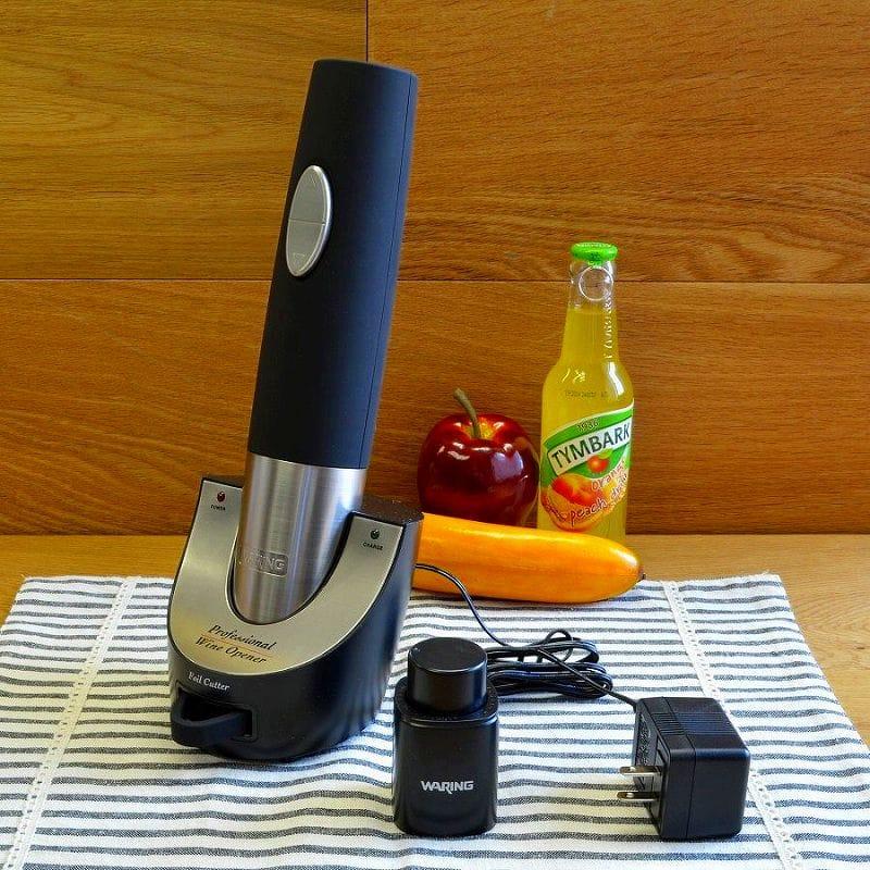 ワインオープナー コードレスタイプWaring Pro WO50B Cordless Wine Opener with Vacuum Sealer and Foiler Cutter Black 家電