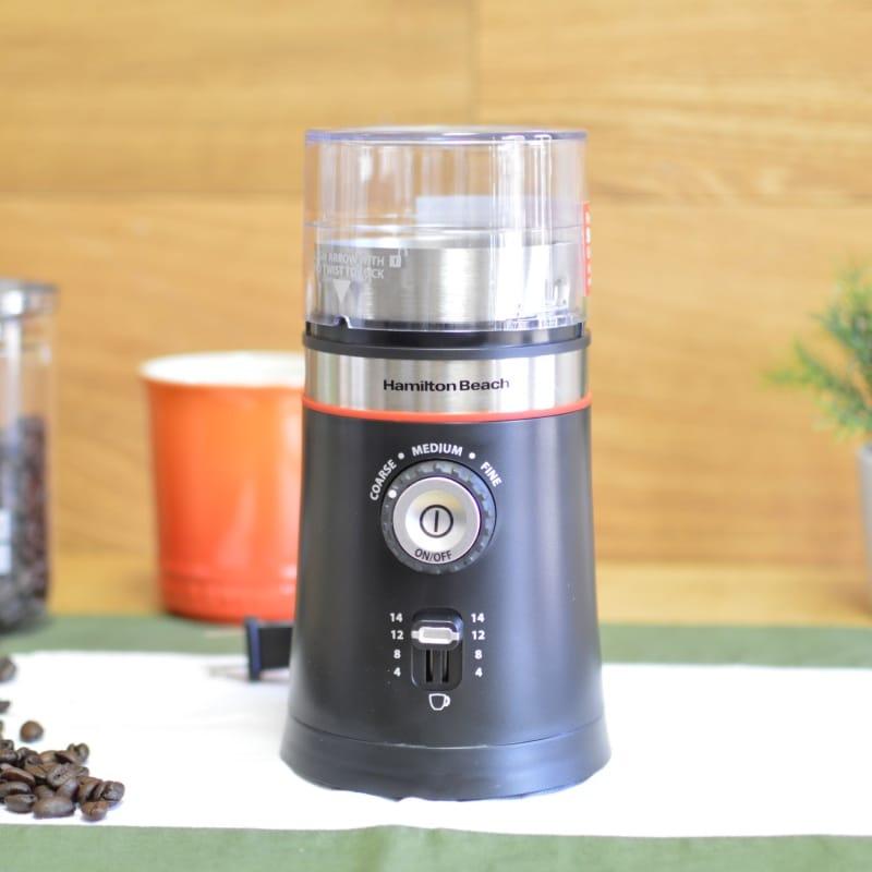 ハミルトンビーチ 電動式コーヒーグラインダー コーヒーミル 豆挽き ブラック Hamilton Beach 80393 Coffee Grinder, Black 家電