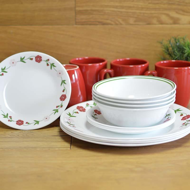 コレール リビングウェアー ディナーウェアー 食器20点セット スプリングピンク Corelle 20 Piece Livingware Dinnerware Set with Storage, Spring Pink, Service for 4