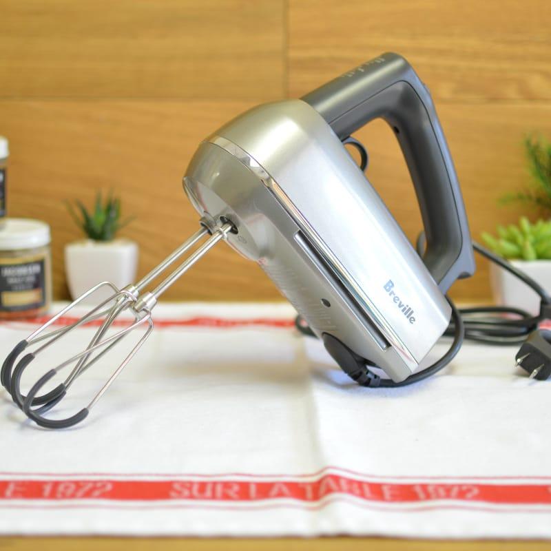 本物 30日間返金保証 送料無料 ブレビル ハンドミキサー Breville 気質アップ BHM800SIL 家電 Handy Hand Silver MixScraper Mixer