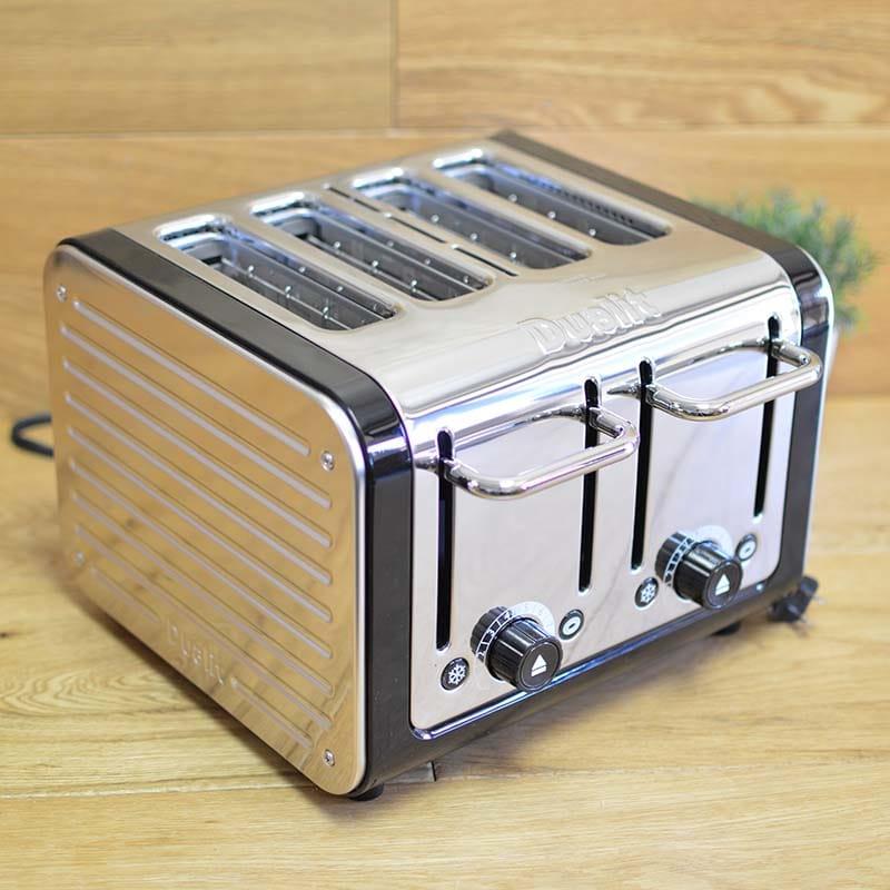 デュアリット 4枚焼きトースター 46555デザインシリーズDualit 46555 4-Slice Design Series Toaster, Black and Steel 家電