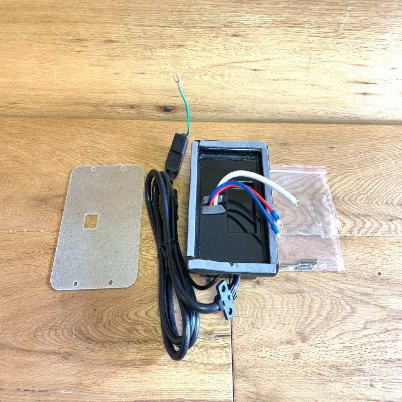 30日間返金保証 送料無料 Masterbuilt 燻製機用 パワーボックス 電気スモーカー モデル着用 注目アイテム 電源 3616DEW-8 格安 価格でご提供いたします POWER BOX パーツ 部品 ASSEMBLY