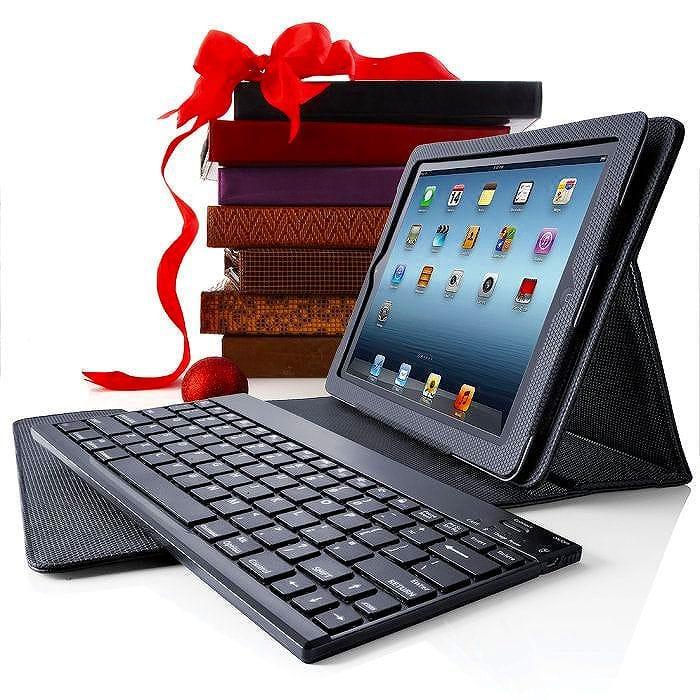 ブルートゥース キーボード マットブラック Bluetooth Keyboard Pro with Leather Case for iPad (3rd generation) and iPad 2 Tablets Black Matte Leather