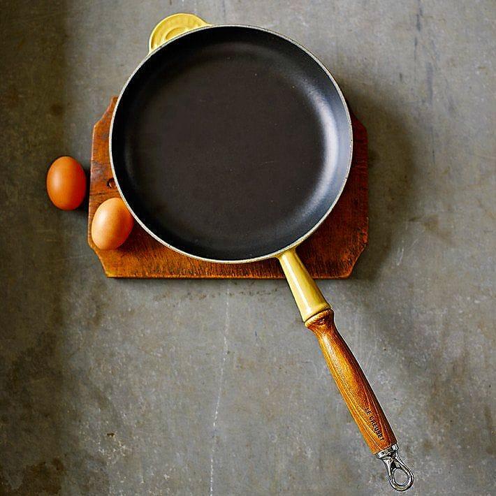 Le Creuset Heritage Cookware Pot Pan Yellow Diameter 24 Cm Cast Iron Fry Quince