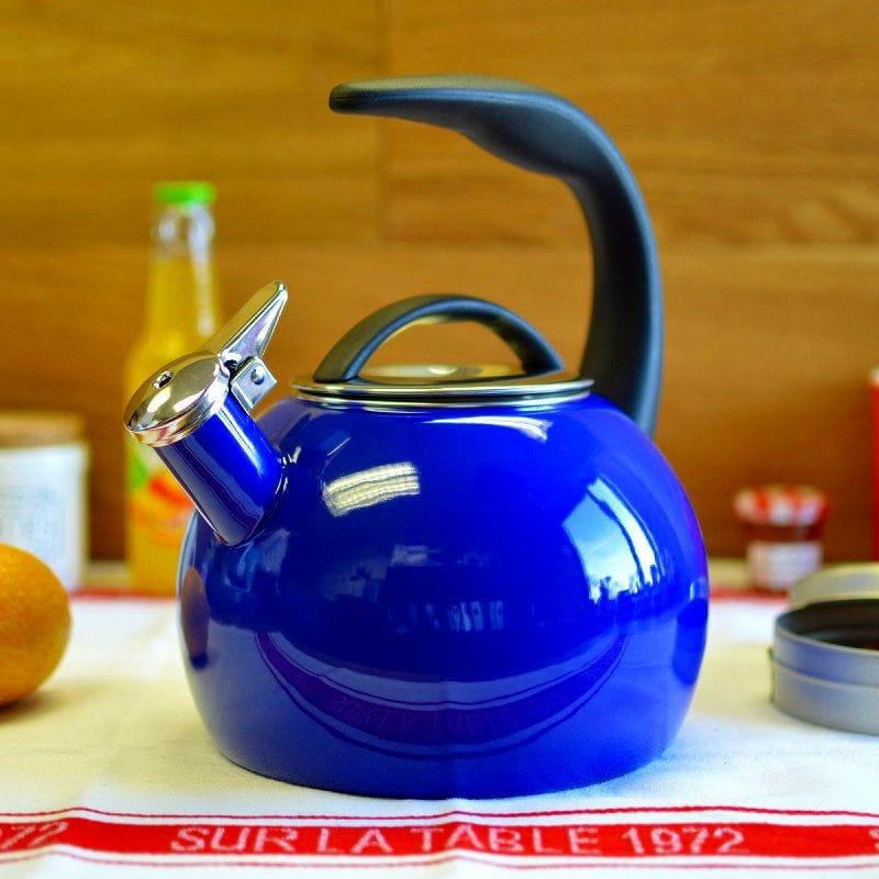 笛吹きケトル やかん シャンタール IH対応 40周年記念ケトル 青 ブルー ホーローChantal Enamel-On-Steel Anniversary Teakettle 37-ANN BI