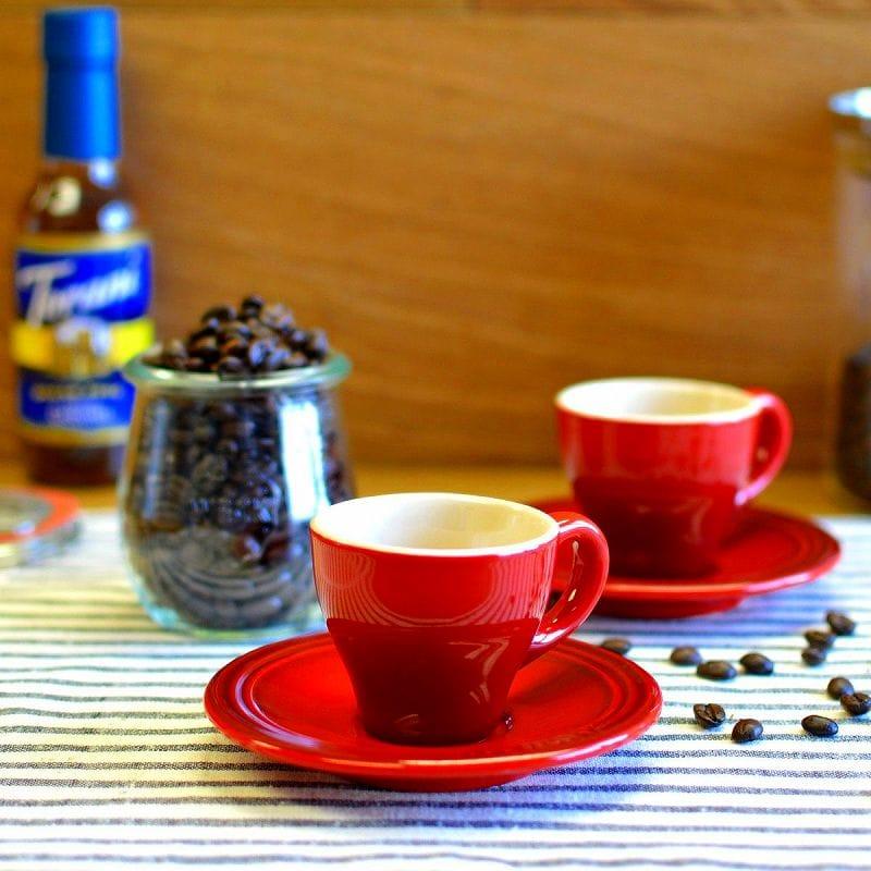 ル・クルーゼ エスプレッソ カップ&ソーサー 2客セット チェリーレッド Le Creuset Set of 2 Espresso Cups and Saucers Cherry Red ルクルゼ ルクルーゼ コップ カップ