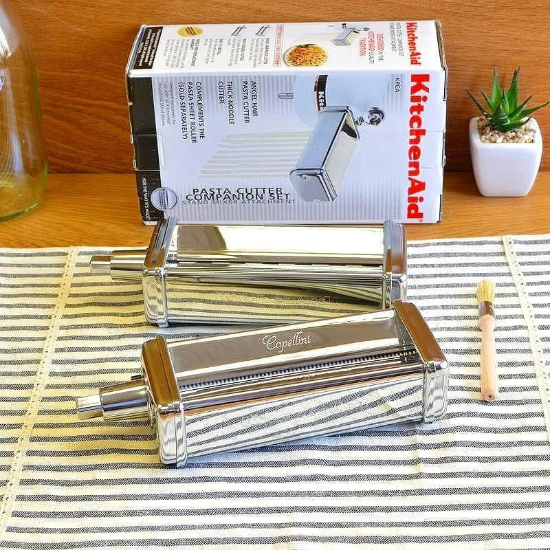 キッチンエイド コンパニオンセット エンジェルヘア 極細 極太の2種類 パスタカッターアタッチメントKitchenAid KPCA Pasta Cutter Companion Set Attachment