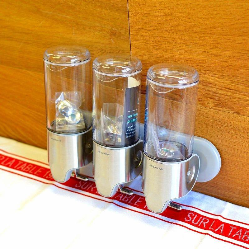 ディスペンサー トリプル 3連 各440ml 浴室 バス シャワー用 シンプルヒューマン 正規品 シャンプー コンディショナー ボディソープ お風呂 石けん 【日本語説明書付】 ステンレス製 壁用 ポンプ simplehuman Wall-Mount Pumps Triple Shampoo & Soap Dispenser BT1029