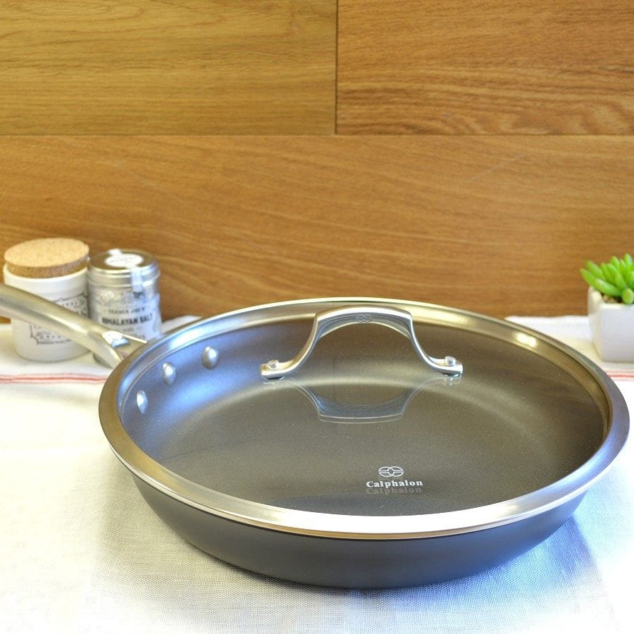 カルファロン 直径30.4cm フタ付ノンスティックフライパンCalphalon Unison Slide Nonstick 12-Inch Covered Omelette Pan 1757199