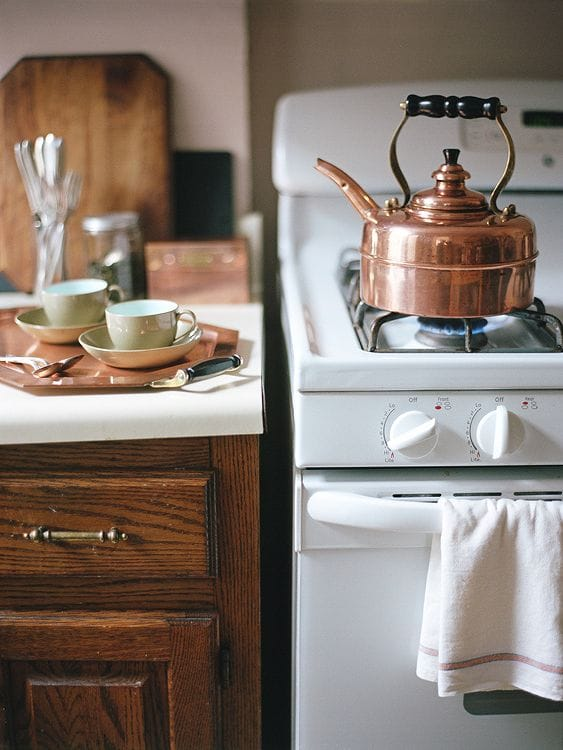 Simplex heritage copper kettle made in England Simplex Heritage 2 Quart Tea Kettle, Copper SIM-HF1