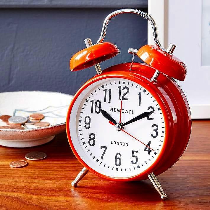 ロンドン 目覚まし時計 アラームクロック Newgate The Medium London Alarm Clock Fire Engine Red CGAM216R