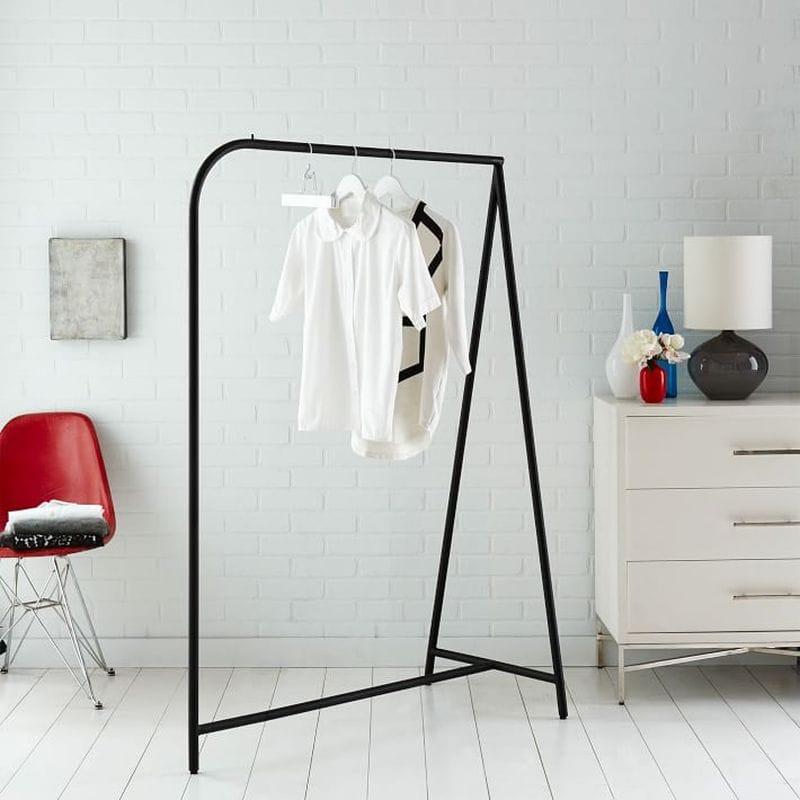 ハンガーラック Garment Rack