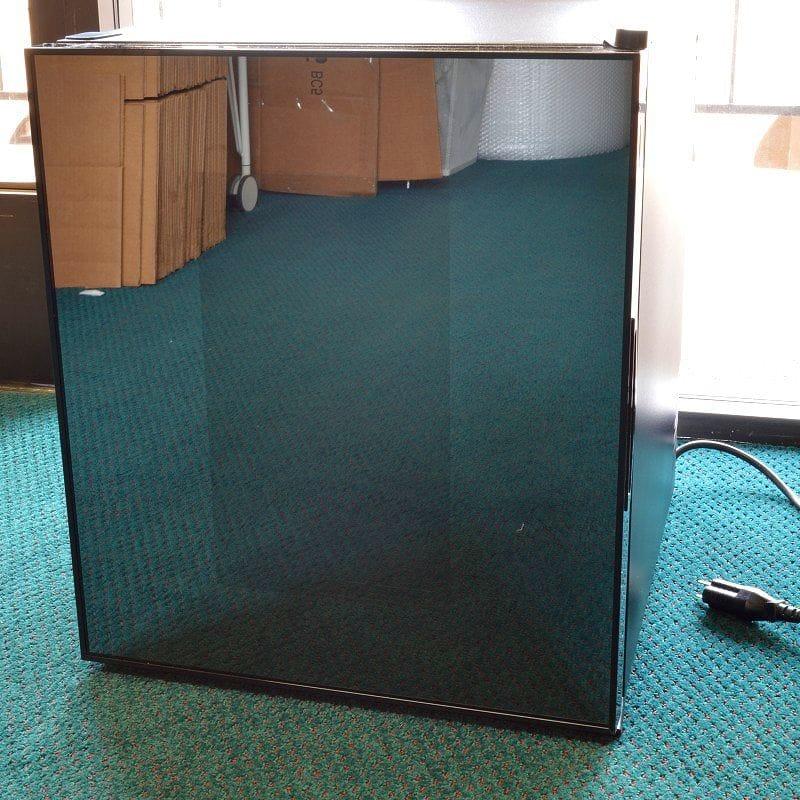 阿凡提飲料冷卻器玻璃門阿凡提 1.7-立方英尺超導飲料冷卻器 W / 鏡像完成玻璃門