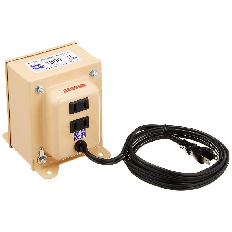 変圧器 アップトランス 入力電圧100V 出力電圧120V 出力容量1500W