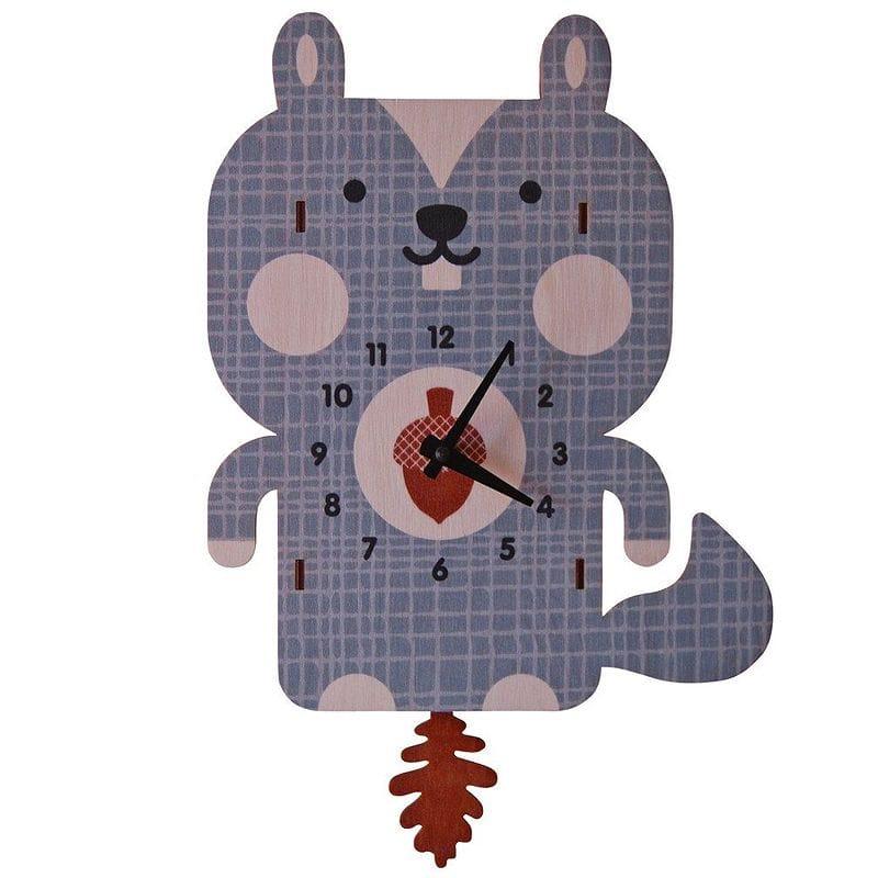 ウォールクロック 木製 振り子時計 壁掛け時計 リス Modern Moose Squirrel Pendulum Wall Clock