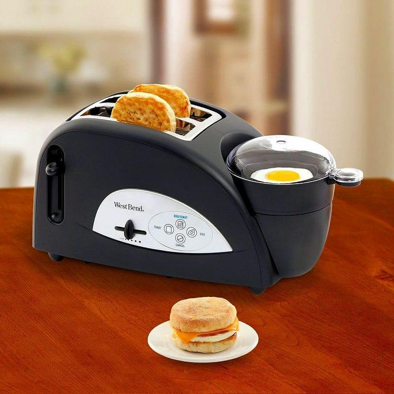 ウエストベンド トースターWest Bend TEM500W Egg and Muffin Toaster