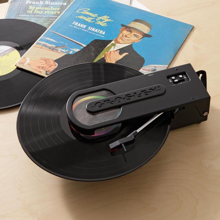 クロスリー レボルーション ポータブル ターンテーブル Crosley Revolution Portable Turntable CR6002A-BK