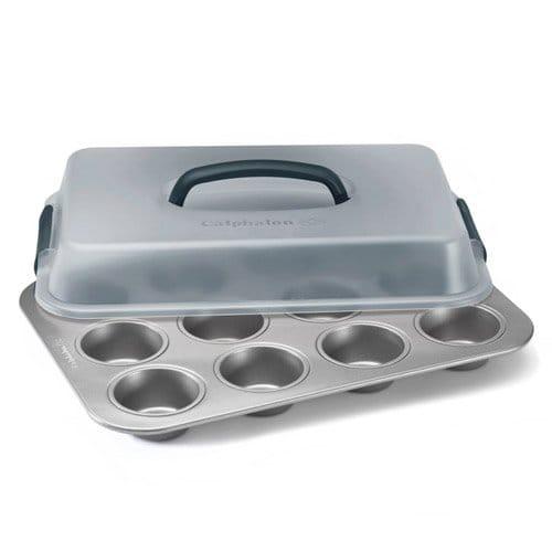 カルファロン カップケーキ型 カバー付 12カップ Simply Calphalon Nonstick Bakeware 9-in. x 13-in. Covered Cupcake Pan 1826142