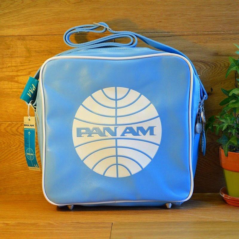 パンナム イノベーター ショルダーバッグ ライトブルーPan Am Innovator bag Flight Blue 56SP07FB