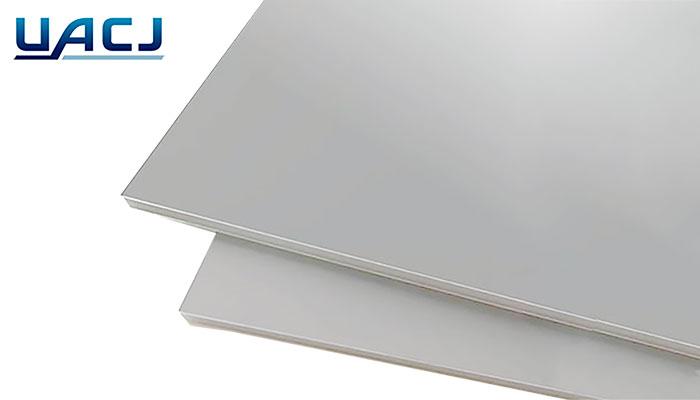 アルミ板 A1100 H14 片面養生付 片面保証 1.0tx1000x3000 シルバー アルマイト材 UACJ株式会社 アルマイトタッチ付 1枚1,500円から切断可能です。