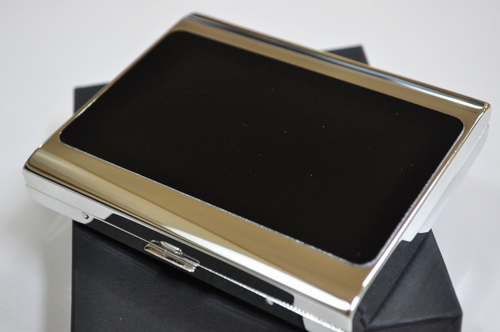 【PEARL】シガレットケース PALIS 20本 ブラックパネル 85mm 100mm たばこケース 人気 ロングタバコケース 煙草ケース おしゃれ パリス20 シルバー レディースにも 日本製