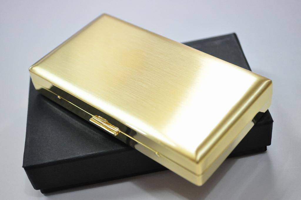 【PEARL】シガレットケース ゴールドサテン ERIKA 12本 ブランド たばこケース 人気 ロングタバコケース 丈夫 日本製 ロングタバコ 100mm メンズ レディース 小型 金色 エリカ
