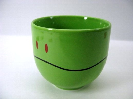 Select gadgets Gundam Haro mug