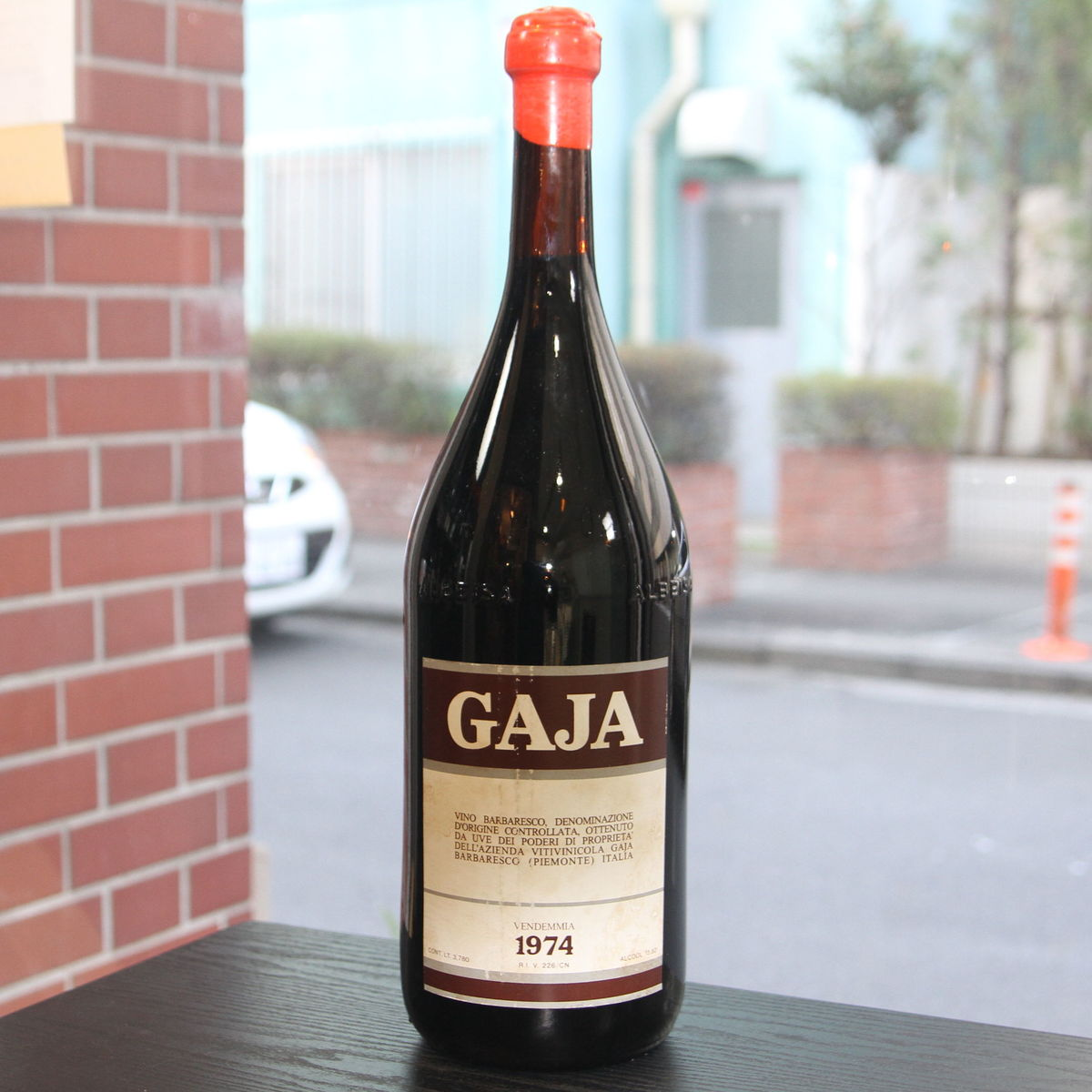 激レア!ガヤの3.5Lサイズ!1974年ヴィンテージバルバレスコです。 【1974年】 バルバレスコ ガヤ Barbaresco Gaja イタリア ピエモンテ 赤ワイン 3.5L