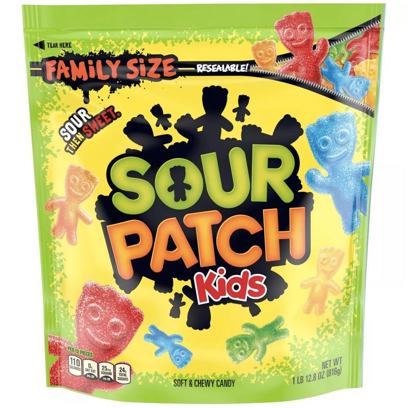すっぱさがクセになる!アメリカでスナックの定番 Family Size Sour Patch Kids Soft  Chewy Candy / サワーパッチ キッズ ソフト&チューイー グミ キャンディ ファミリーサイズ 816.5g(1lbs 12.8oz)