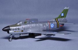 파르콘・모델 다이캐스트제 에어 플레인 모델1/72 F-86 D세이버 독 그리스 공군51-6179[걸리버]《제고품절》
