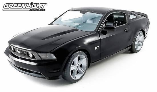 激安正規品 イデア GREENLIGHT ミニカー 1 GREENLIGHT/18 Ford Ford - - 2010 Ford Mustang GT - Black[グリーンライト]《取り寄せ※暫定》, どらやき専門店の菓匠華美月:d0446169 --- canoncity.azurewebsites.net