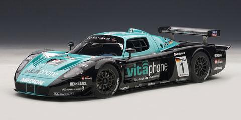 1/18 シグネチャーシリーズ マセラティ MC12 FIA GT1 2010 #1 ※チーム&ドライバーズチャンピオン[オートアート]《取り寄せ※暫定》