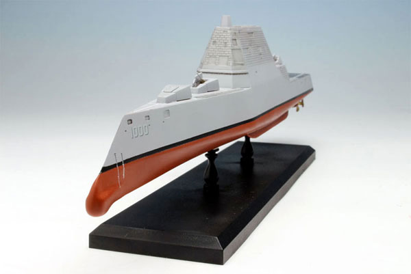 1/700 Modern US Navy Missile Destroyer DDG-1000 Zumwalt Plastic Model(Back-order)(1/700 現用アメリカ海軍 ミサイル駆逐艦 DDG-1000 ズムウォルト プラモデル)