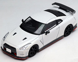 Tomica Limited Vintage Neo LV-N100a GT-R nismo (White)(トミカリミテッド ヴィンテージ ネオ LV-N100a GT-R nismo (白)[トミーテック]《在庫切れ》)