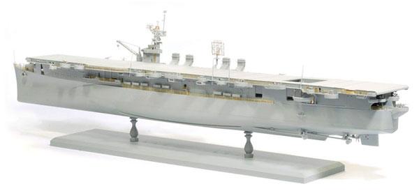 1/350 WW.II アメリカ海軍 航空母艦 インディペンデンス CVL-22 プラモデル[ドラゴンモデル]《取り寄せ※暫定》