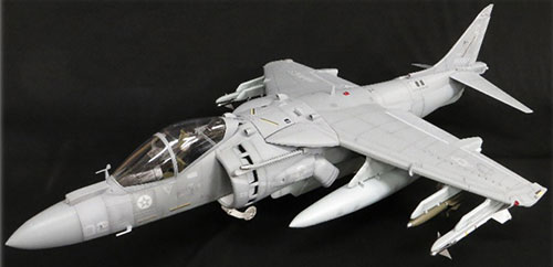 1/18 AV-8B ハリアーII 塗装済完成品[Merit International]【送料無料】《在庫切れ》
